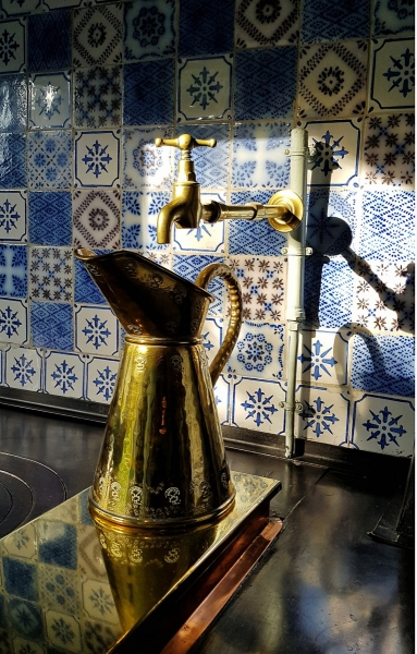Krug in der Küche von Claude Monet in Giverny