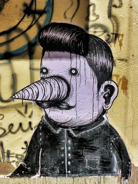Graffiti in Port de Sóller auf Mallorca, Spanien