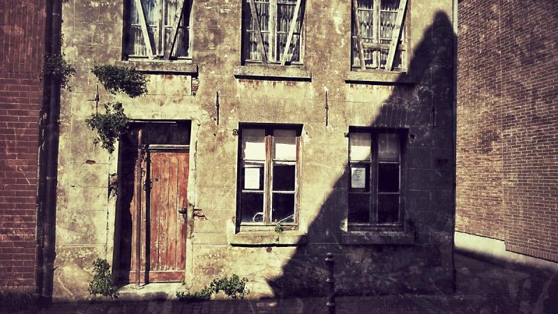 Verfallenes Haus in Rees am Rhein